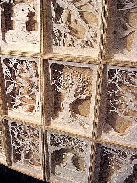 Le 12 scatole......http://www.pinterest.com/sayokotsushima/paper-deco-mobil-wall/
