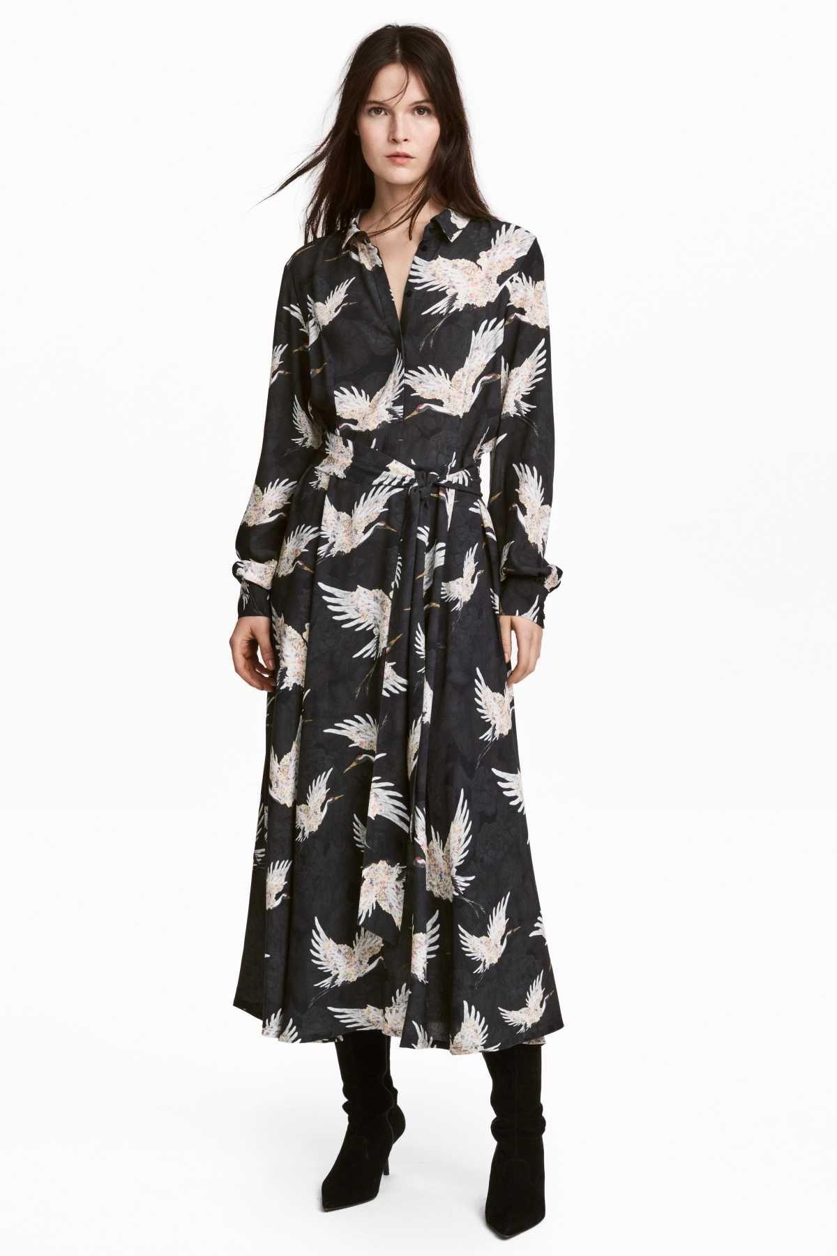 Schwarz/Vögel. Wadenlanges Kleid aus luftigem, gemustertem Webstoff ...