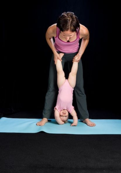 5 Yoga Poses For Mommies & Babies | Toddler yoga, Baby ...