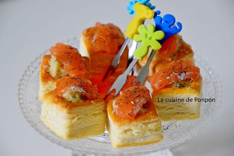 Pâte feuilletée au saumon fumé et à l'artichaut - Cuisson au ponpon: rapide et facile! -  Pâte feuilletée au saumon fumé et à l'artichaut  - #artichaut #cuisson #facile #feuilletee #fumé #l39artichaut #pâte #ponpon #rapide #saumon #toastaperitif #toastaperitiffroid #toastavocat #toastfoiegrasapero #toastsaumonfumé #patefeuilleteerapide