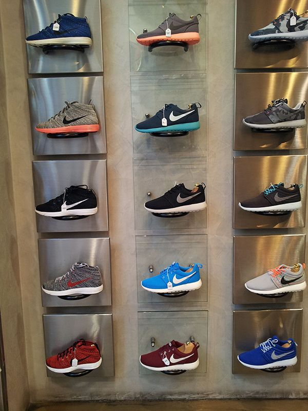 customized best wall mount shoe display shelf for sale sportwear store fixtures shelves for. Black Bedroom Furniture Sets. Home Design Ideas
