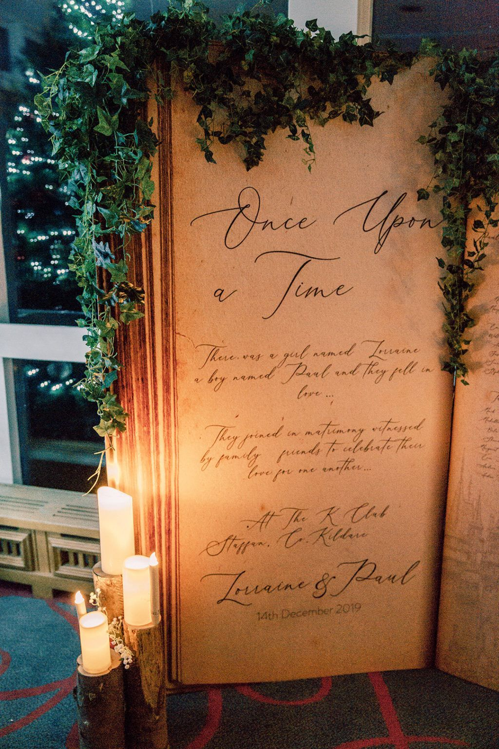 Lorraine Paul S Fairytale Christmas Wedding At The K Club One Fab Day Onefabday Com Ireland In 2020 Wedding Seating Cards Christmas Wedding Wedding