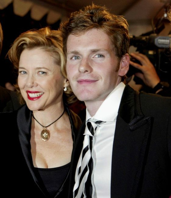 endeavor gay personals Endeavour: shaun evans reveals he'll be the but having breathed new life into the character for prequel hit endeavour, actor shaun evans is now the one person.