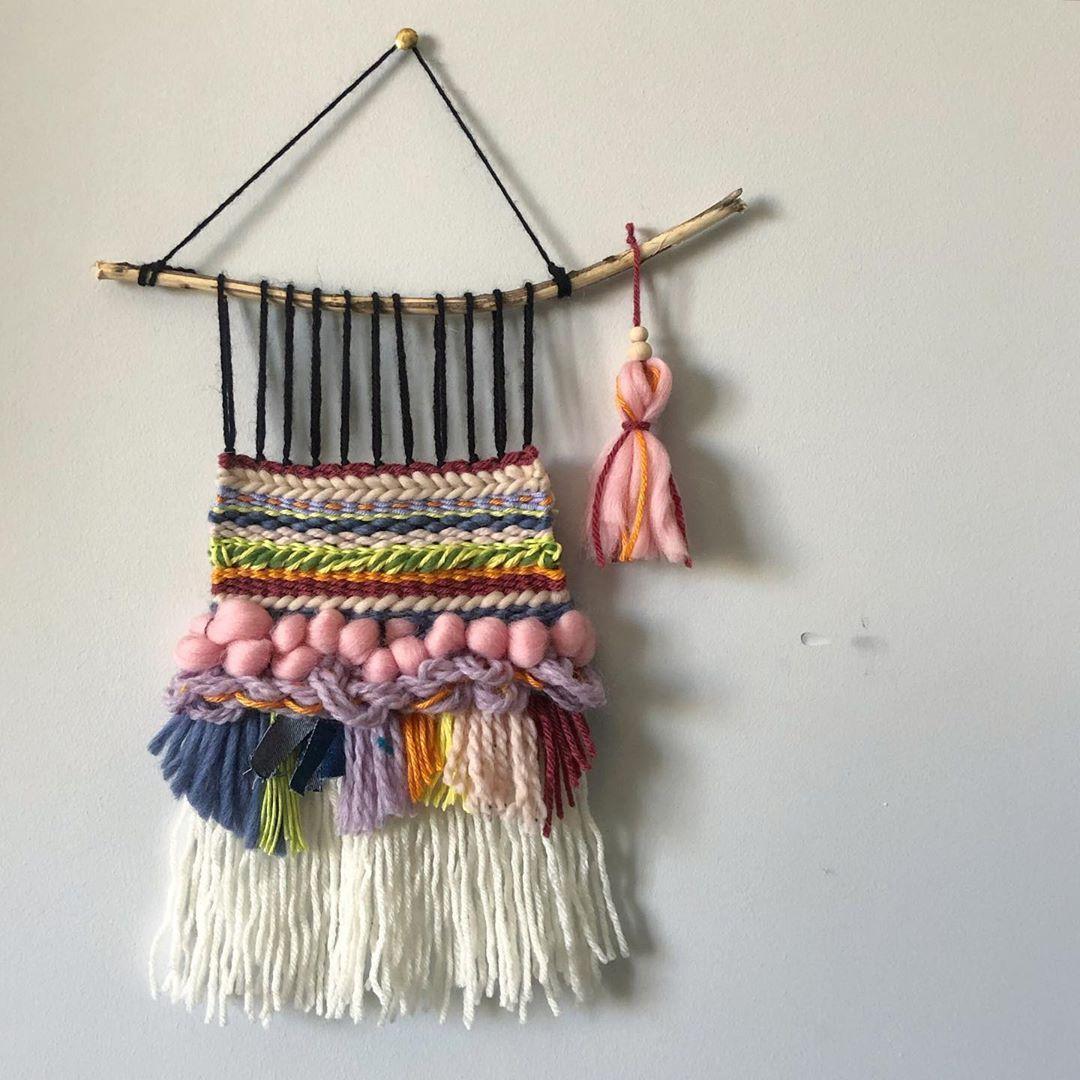 """Alâka Studio on Instagram: """"Bayram şekeri 🍬 . .  #weaverfever #weaveweird #weaversofig #weaversofinstagram #modernweaving #loomweaving #tapestryweaving #weaving…"""""""