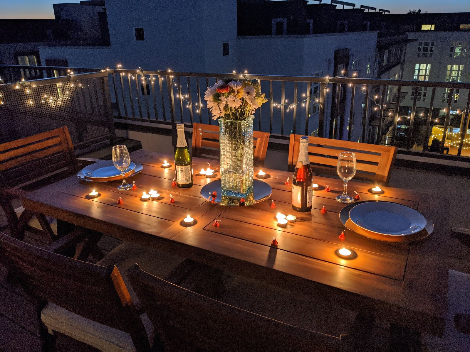 Staging The Perfect Romantic Dinner In 2020 Romantic Dinner Decoration Romantic Candle Light Dinner Romantic Dinner Setting