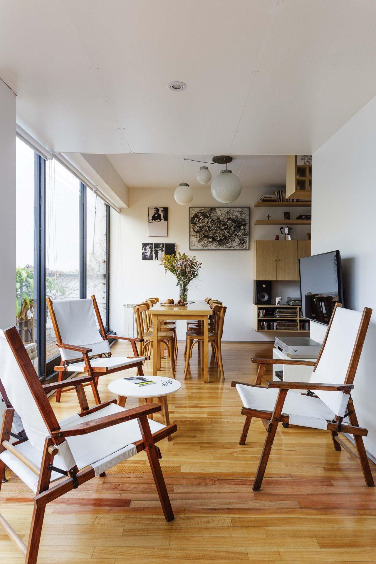 Entre Colegas Un Edificio Elegido Como Hogar Por Tres Arquitectos  # Alejandra Hoeffner Muebles