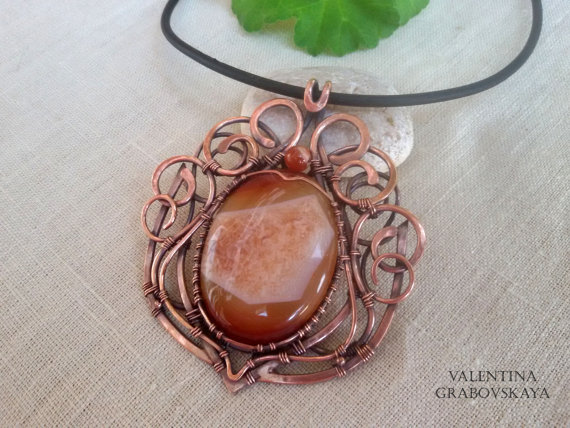 Wire wrapped copper pendant Agate - vintage handmade jewelry - elegant pendant Victorian style - Woven copper wire pendant