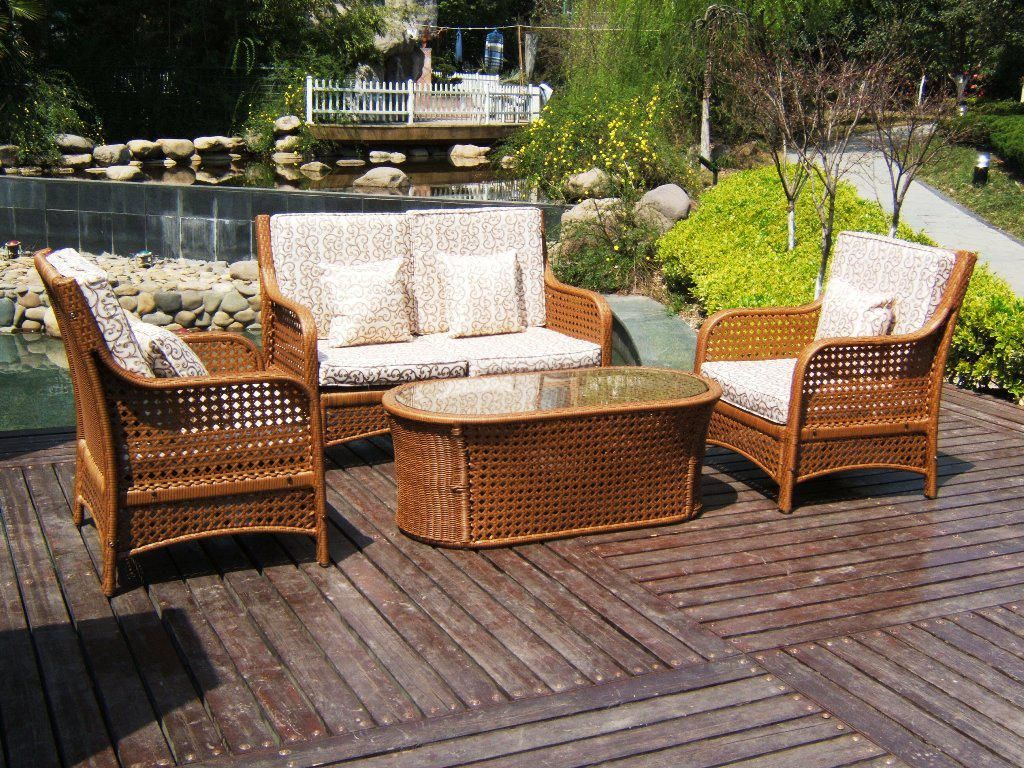 Wicker Patio Furniture End Tables