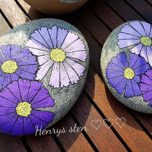 #flowers #flowerpower #sommerkomnu #spring #malpåsten #minesten #kreativ #myhome #terapi #rockart #posca #malpåsten #minesten #marguerite #stonepaintingart #stenkunst #rockart #posca ☀☀