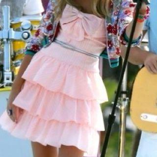 Likelikelike!!!! PINK DRESSES!!!!!!!!!