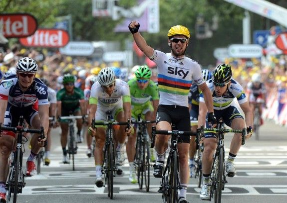Mark Cavendish wins stage 2 of #TDF12 #skyprocycling #news