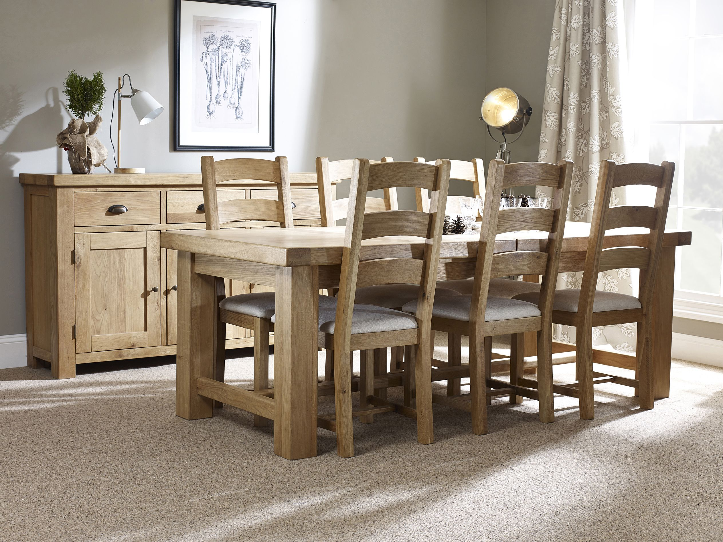 Corndell Fairford Dining Table And Matching Chairs This