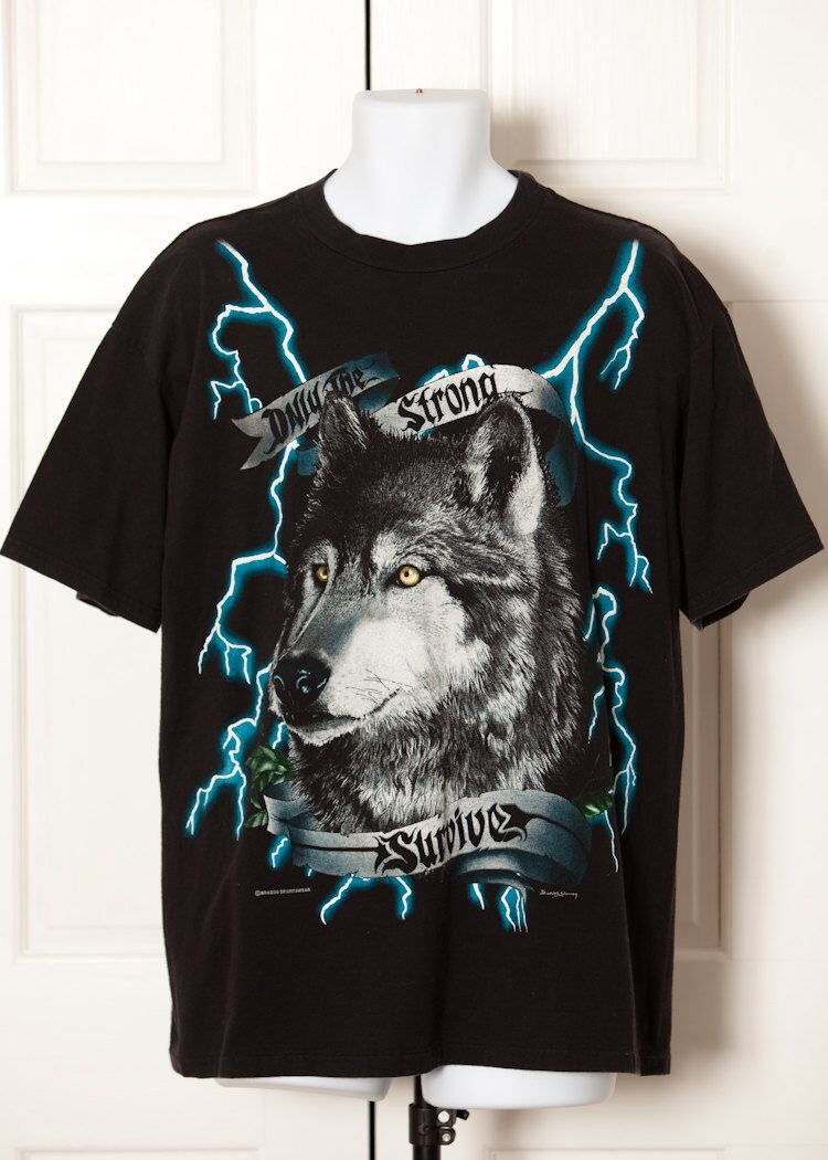 3717d789 Vintage 80s 90s USA THUNDER Wolf Tshirt - XL | GWV Guy's Style | Wolf t  shirt, Vintage, Wolf