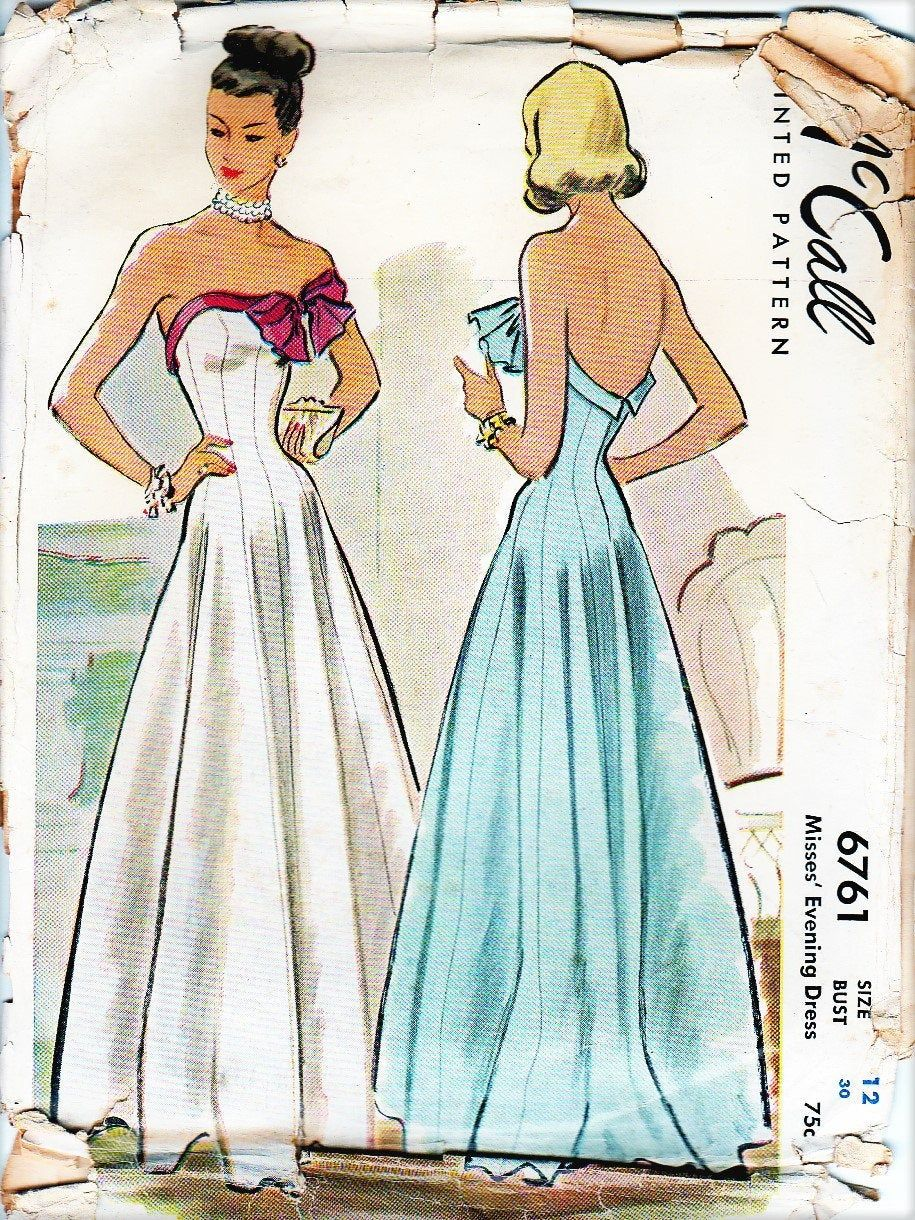 1940s Evening Dress Gown Sewing Pattern Strapless Boning Etsy In 2021 Gown Sewing Pattern 1940s Evening Dresses Evening Dresses Vintage [ 1220 x 915 Pixel ]