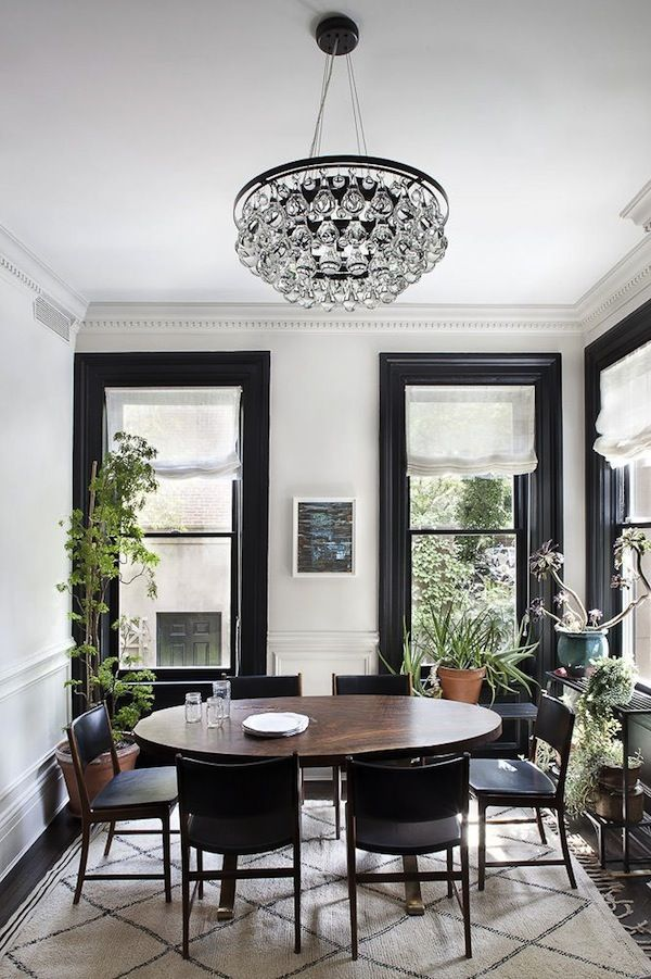 This Dining Room Is So Well Lit We Love This Beautiful Crystal Magnificent Crystal Dining Room Chandelier Inspiration Design