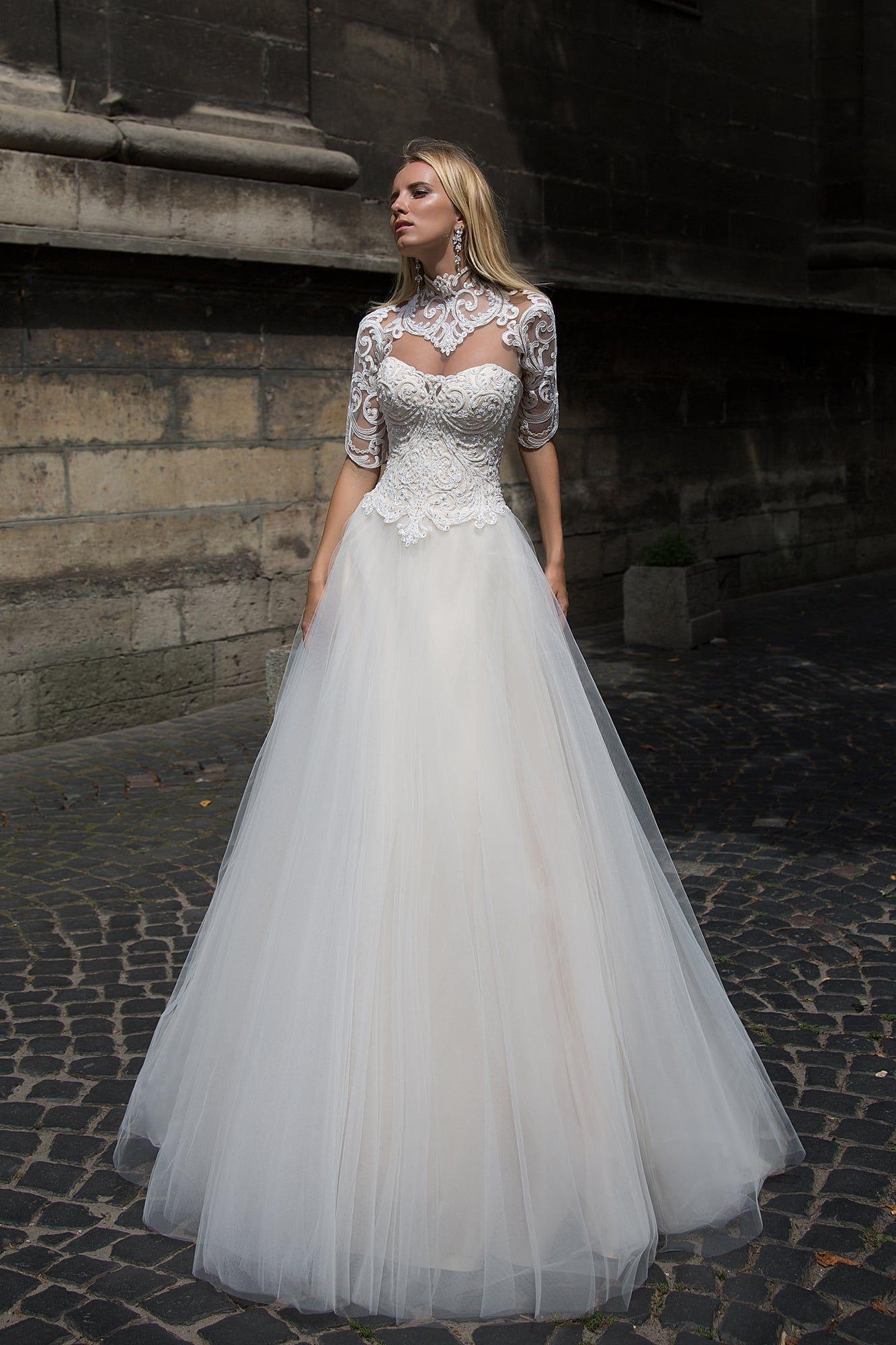 c9e107776250050 Свадебное платье Оксана Муха Juliana ▷ Свадебный Торговый Центр Вега в  Москве