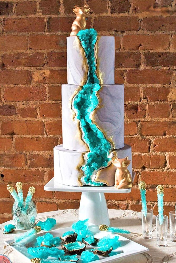 Be in trend Geode Wedding Cakes For Stylish Event Wedding cake