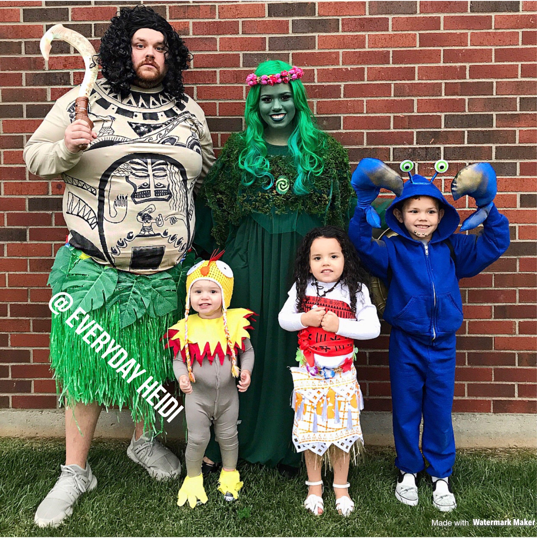 Maui Halloween 2020 Moana family costume   Group Costume   Maui costume, Moana Costume