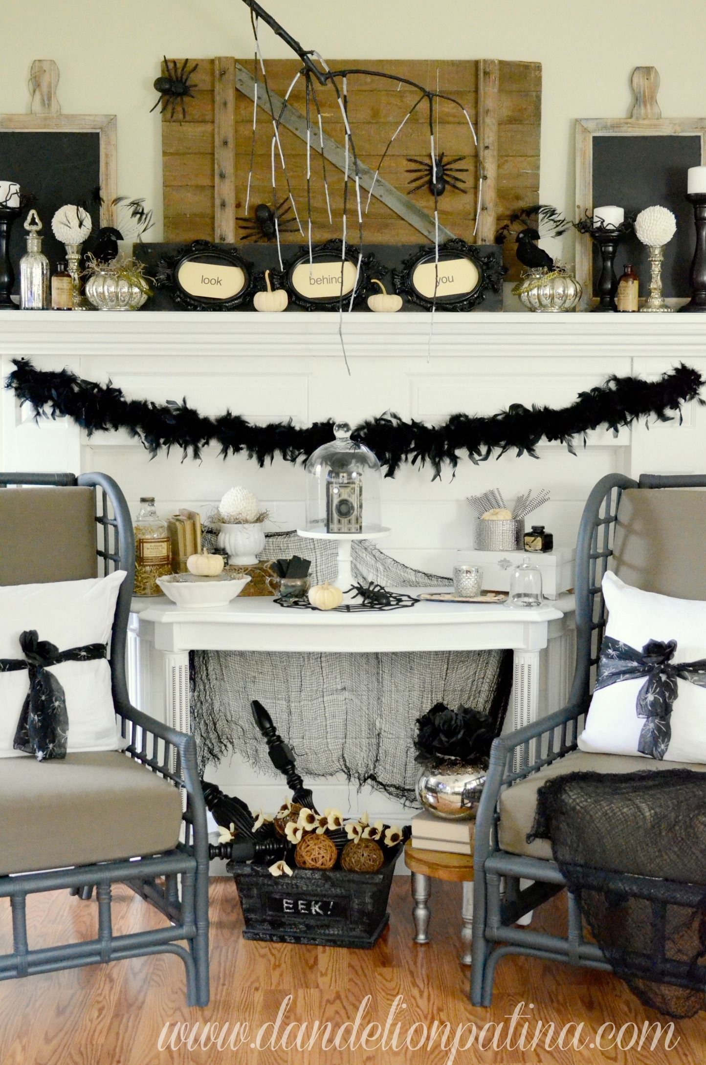 Creep  Crawl Halloween Mantel Pinterest Creepy halloween - Inside Halloween Decorations