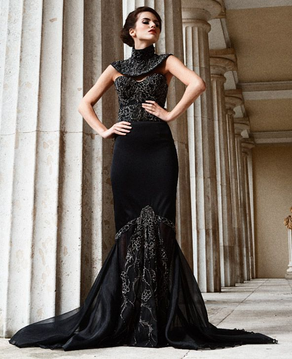 The World\u0027s Most Expensive Dress , Made of Black Diamonds