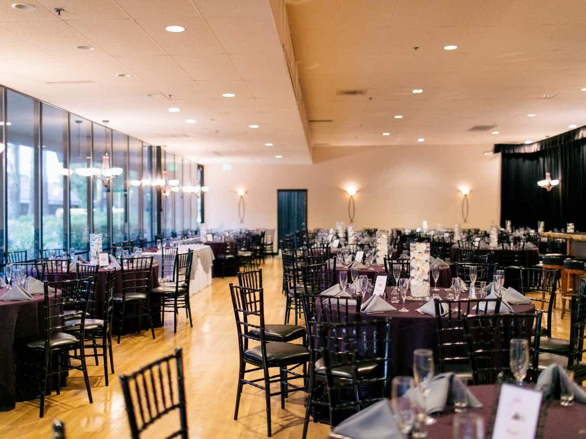 e0c64926cc97c3004f02e9eeecb1556a - Freedom Hall And Gardens Wedding Photos