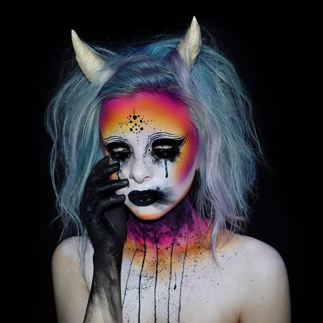 Felt inspired to create another demon Used @starcrushedminerals - best halloween face painting ideas