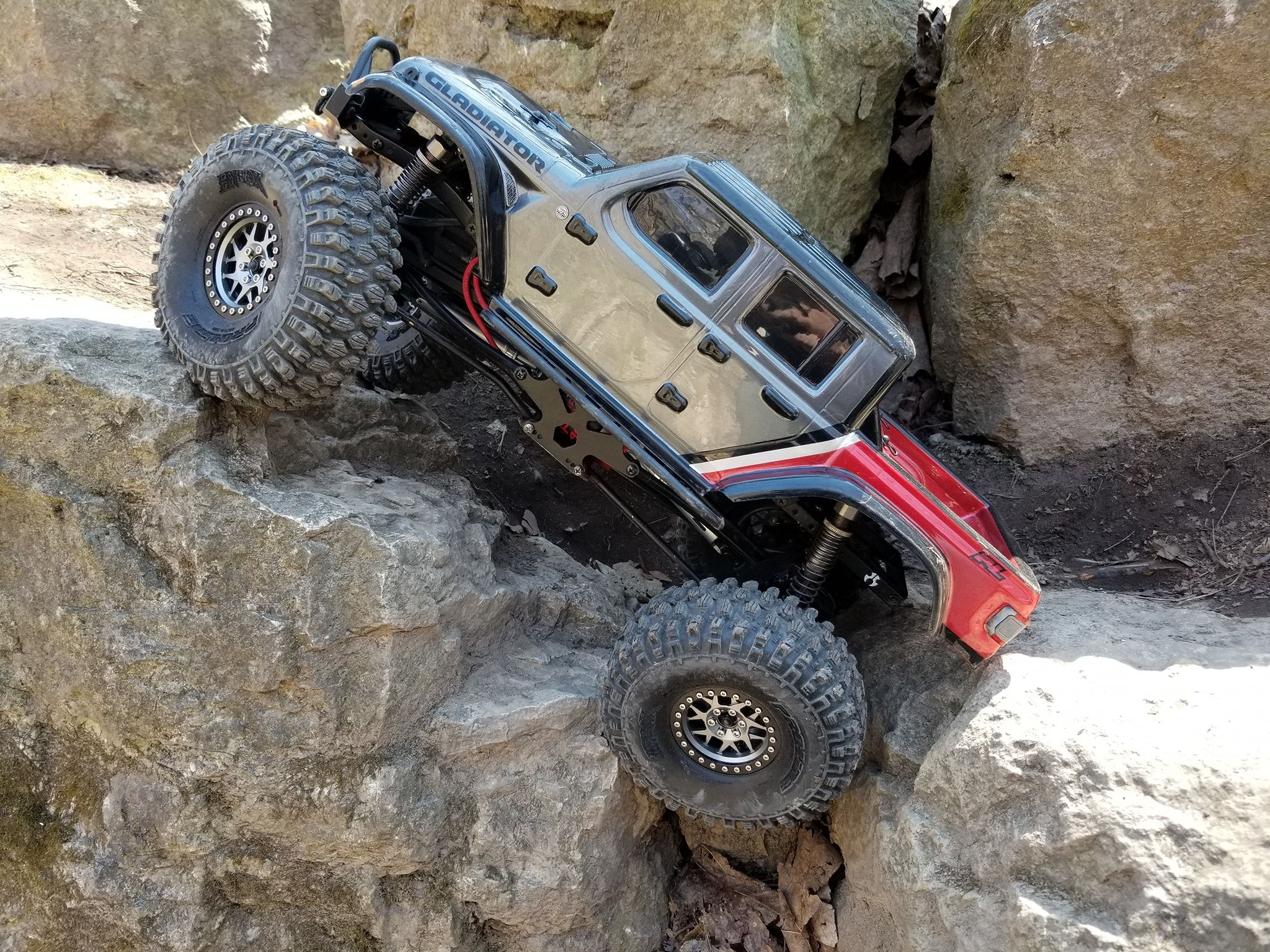 Redcat Everest 10 1 10 Scale Electric Rc Rock Crawler In 2020 Rock Crawler Custom Wheels And Tires Crawlers