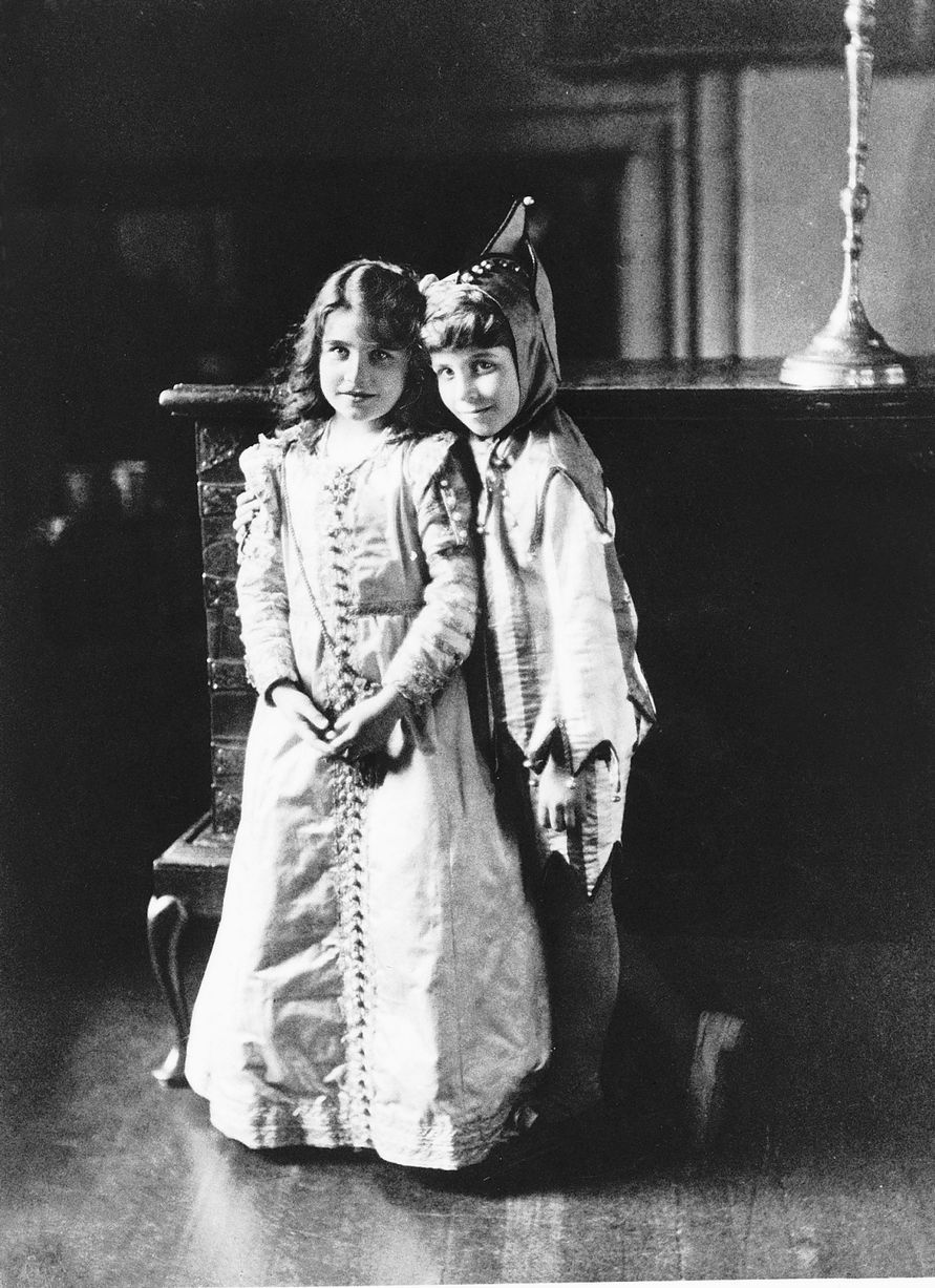 Lady Elizabeth BowesLyon, the future Queen Mother, with