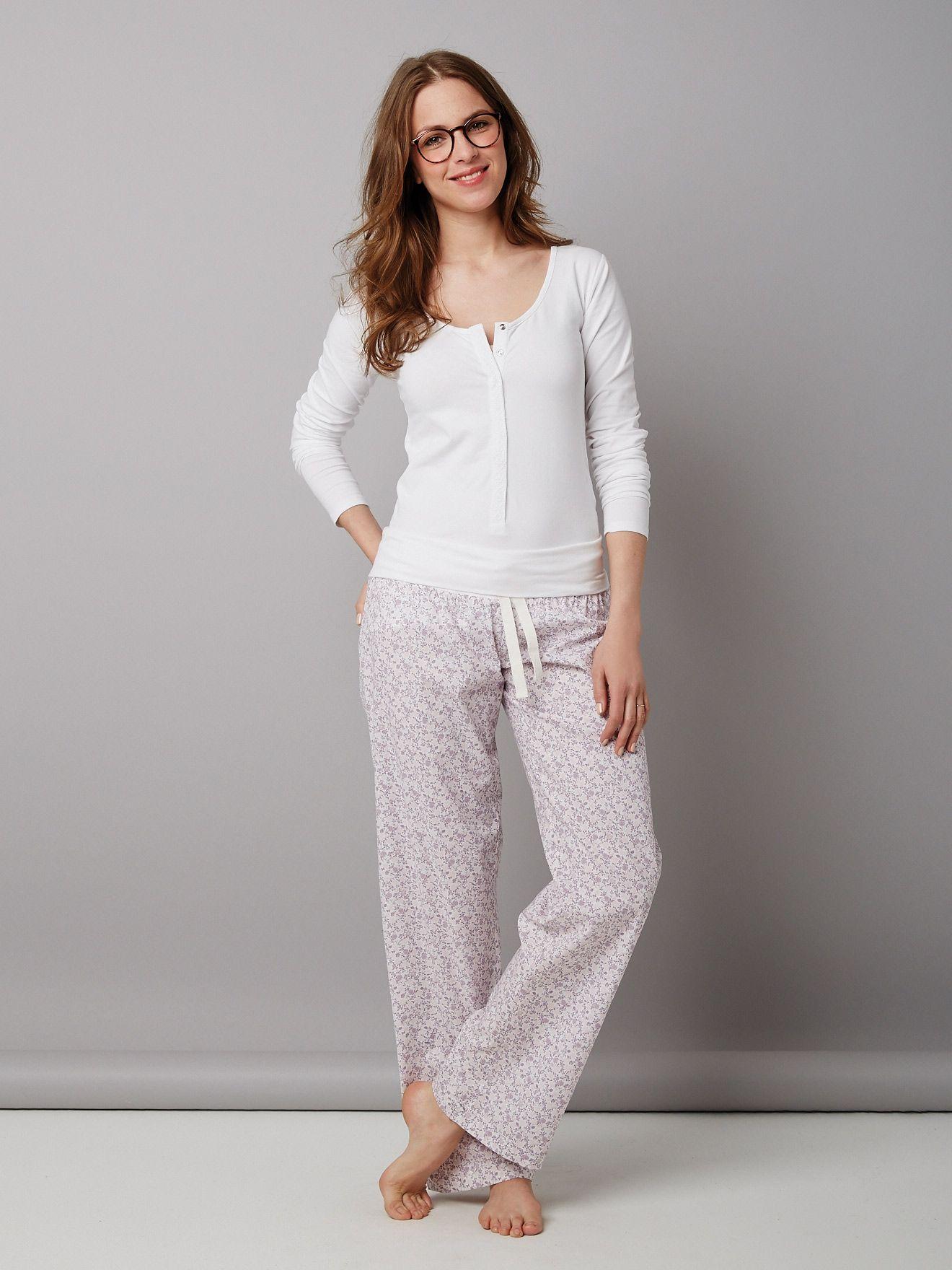 Colline Schlafanzug für Schwangerschaft und Stillzeit in multicolor ...