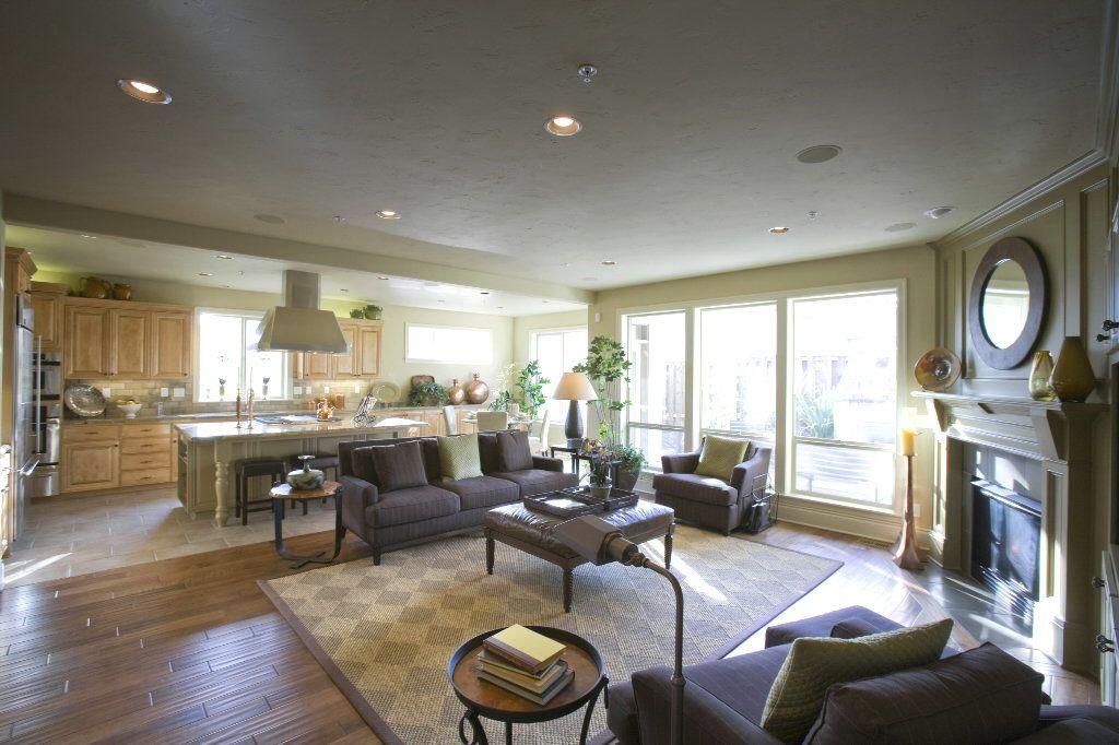 Open Floor Plan Kitchen And Living Room: Weekly Poll: Is The Open Floor Plan Still In Favor?