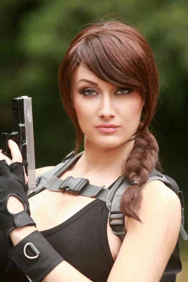 Dayna Baby Lou As Lara Croft Tomb Raider Live Or Mannequin Madchen Gamer
