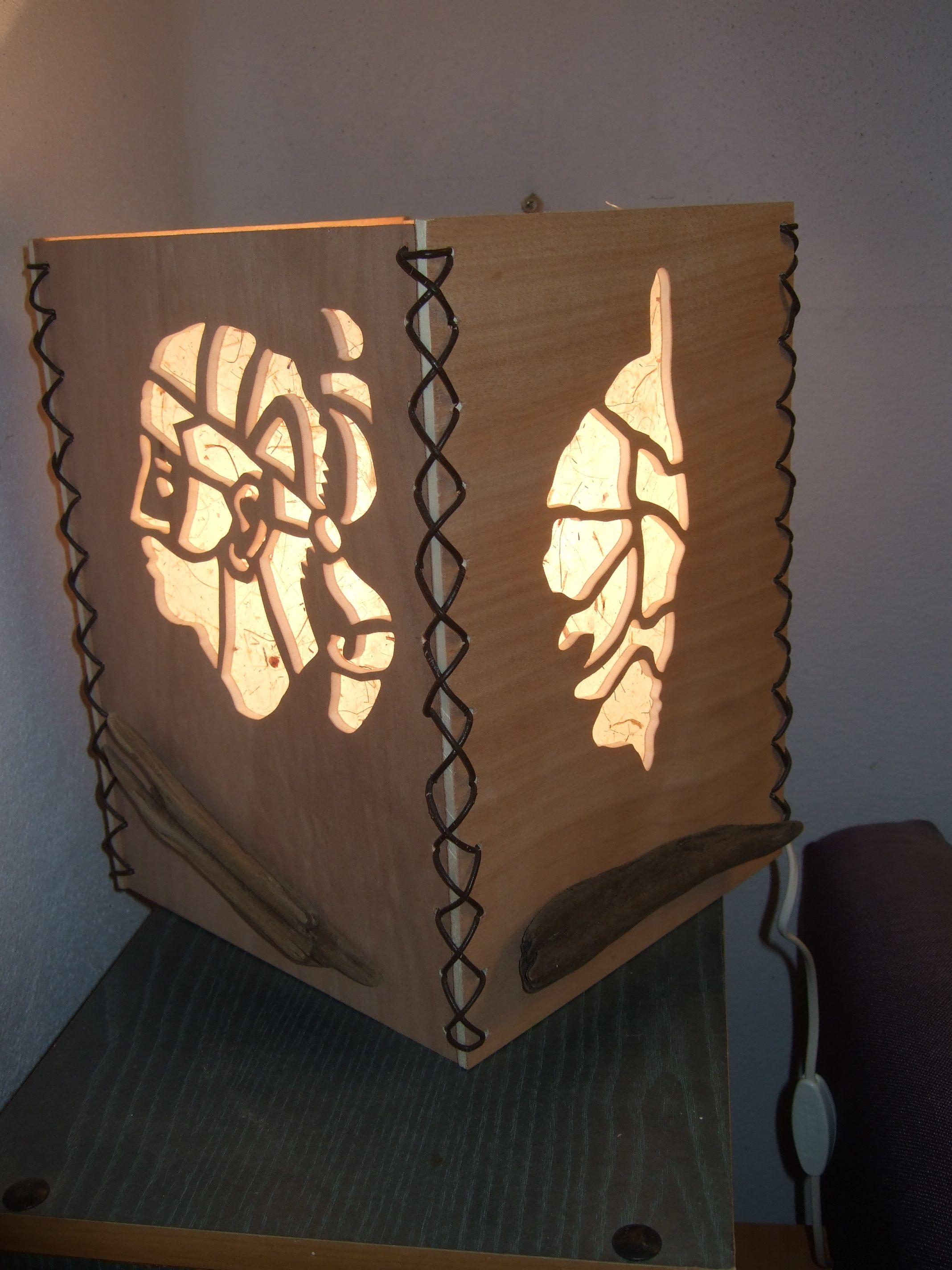 lampe en bois d coup la scie chantourner scrollsaw. Black Bedroom Furniture Sets. Home Design Ideas