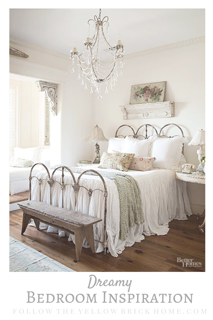 Vintage cottage and farmhouse style decorating ideas
