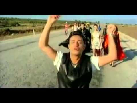 Mustafa Sandal Beni Aglatma Youtube Turkish Pop Pop Music Sandals
