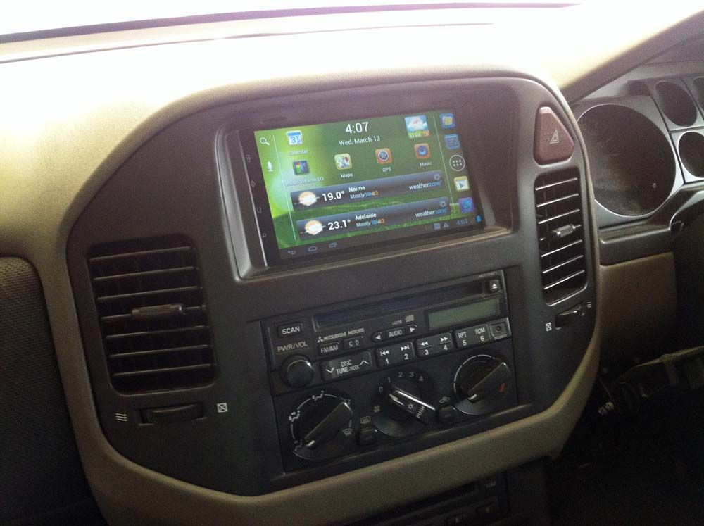 Android 7 inch tablet in dash install Gen 3 Pajero 4WD