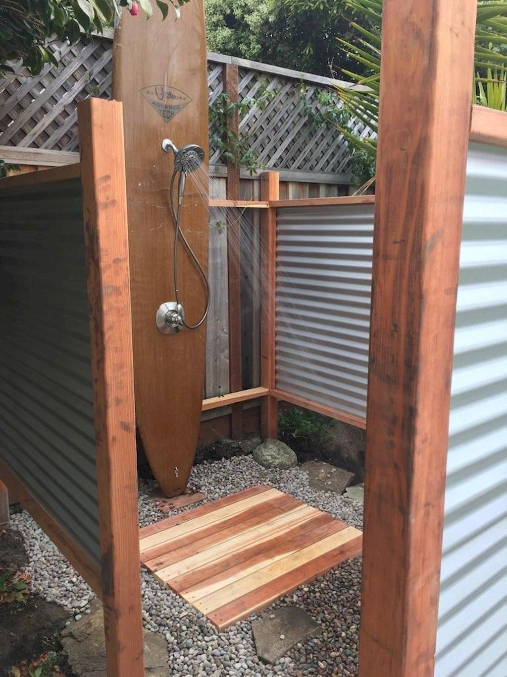 30 Affordable Outdoor Shower Ideas To Maximum Summer Vibes Modern Design In 2020 Outdoor Toilet Outside Showers Outdoor Bathroom Design