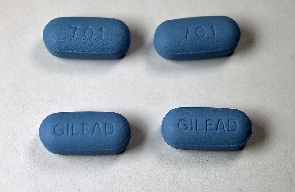 Opera Mundi - Em fase de testes no Brasil, medicamento que previne HIV é alternativa a camisinha, acredita infectologista