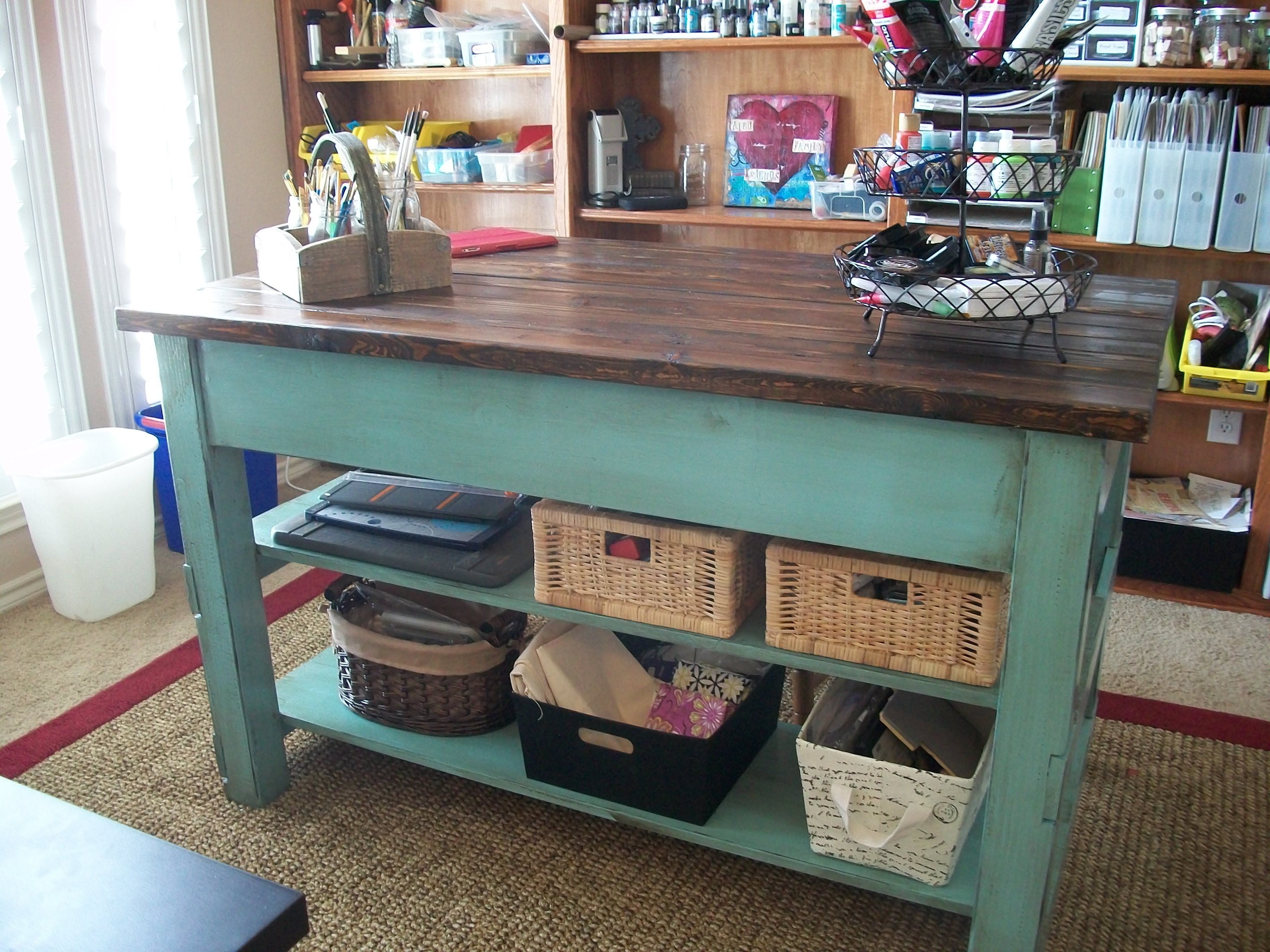 Tutorial & Plans to build Michaela\'s Kitchen Island: here used as a ...