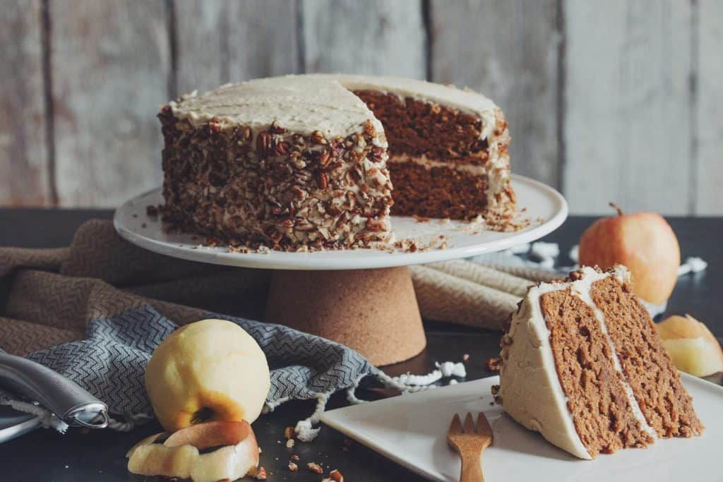 Vegan Apple Spice Cake With Maple Buttercream Hot For Food By Lauren Toyota Recipe In 2020 Apple Spice Cake Vegan Fall Dessert Spiced Apples