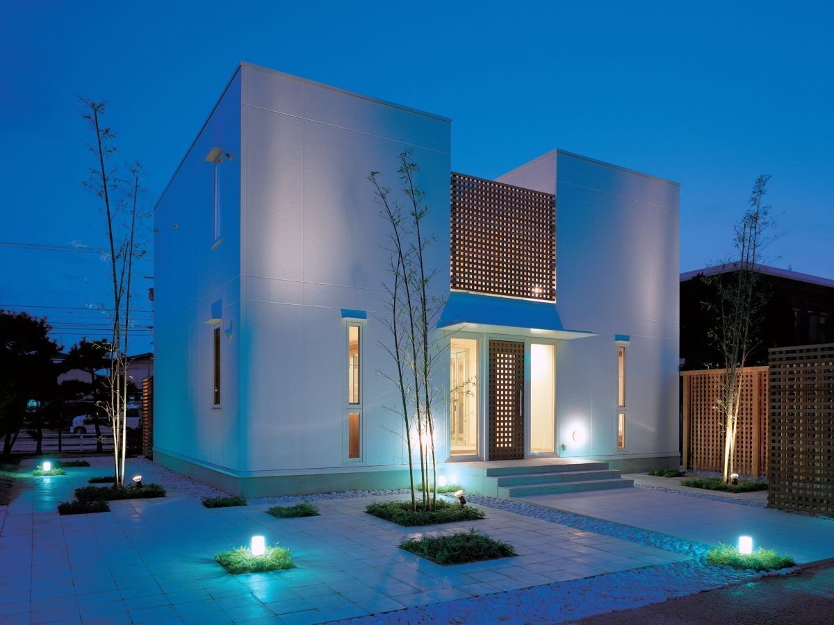 Fassadenfarbe beispiele gestaltung  Beispiele für Fassadenfarben | Fassadenfarbe, Innovativ und ...