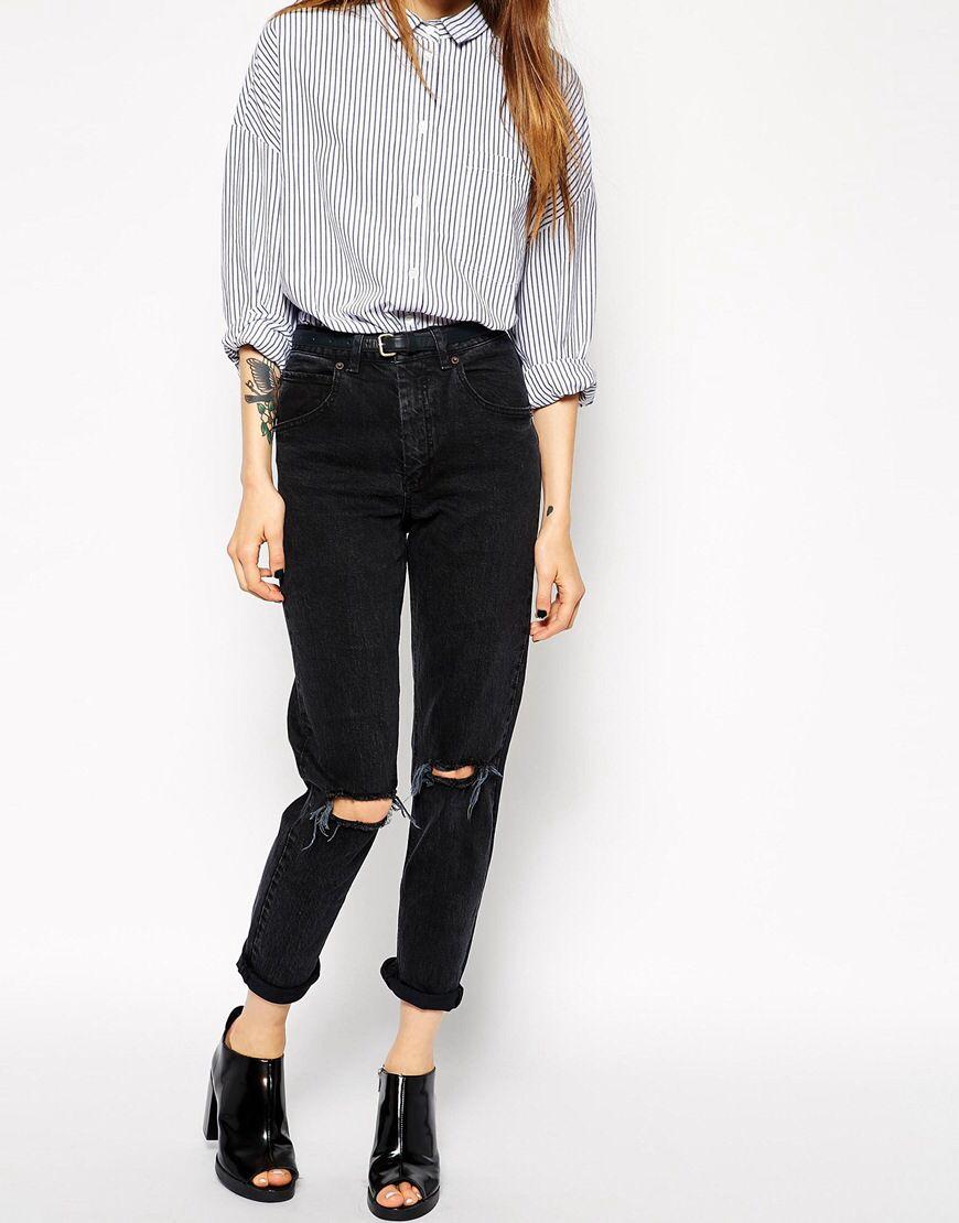 Achetez ASOS - Farleigh - Jean mom slim taille haute avec déchirures aux  genoux - Noir délavé sur ASOS. Découvrez la mode en ligne. 8998ee5dd340