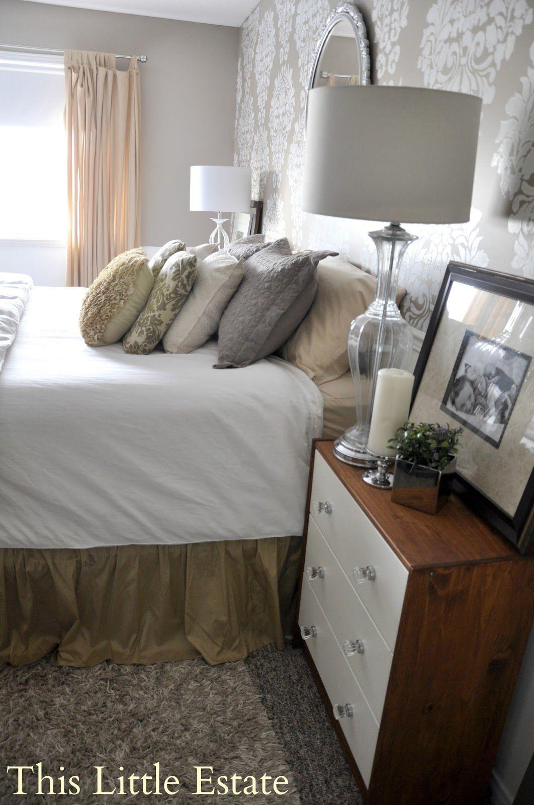 beautiful neutral bedroom with gorgeous wallpaper decor rh pinterest com