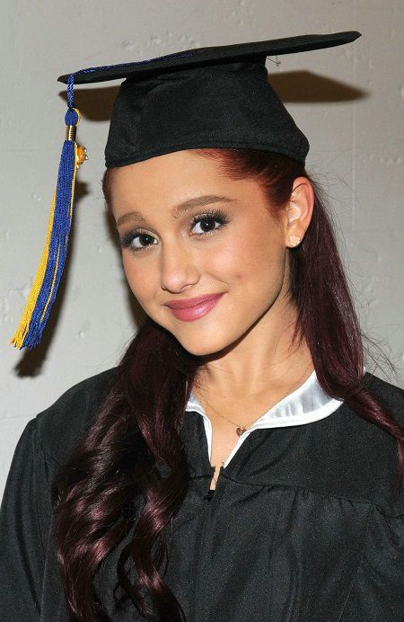 Nice Graduation Hairstyles: Great With or Without the Thing Cap ...