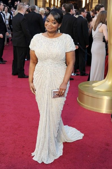 2012 Oscars with Octavia Spencer ~ she gives us girls with curves a big smile in this dress