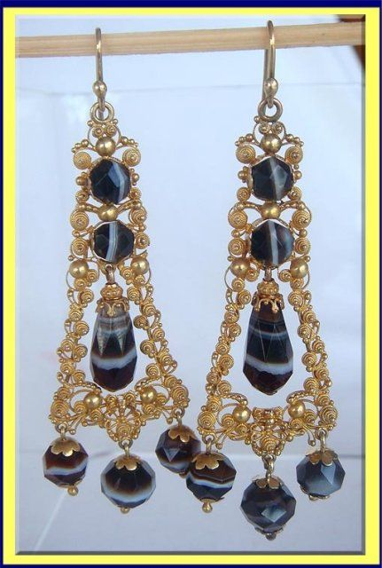 ANTIQUE EARRINGS BANDED AGATE 14K GOLD CANNETILLE C1820 For Sale | Antiques.com | Classifieds