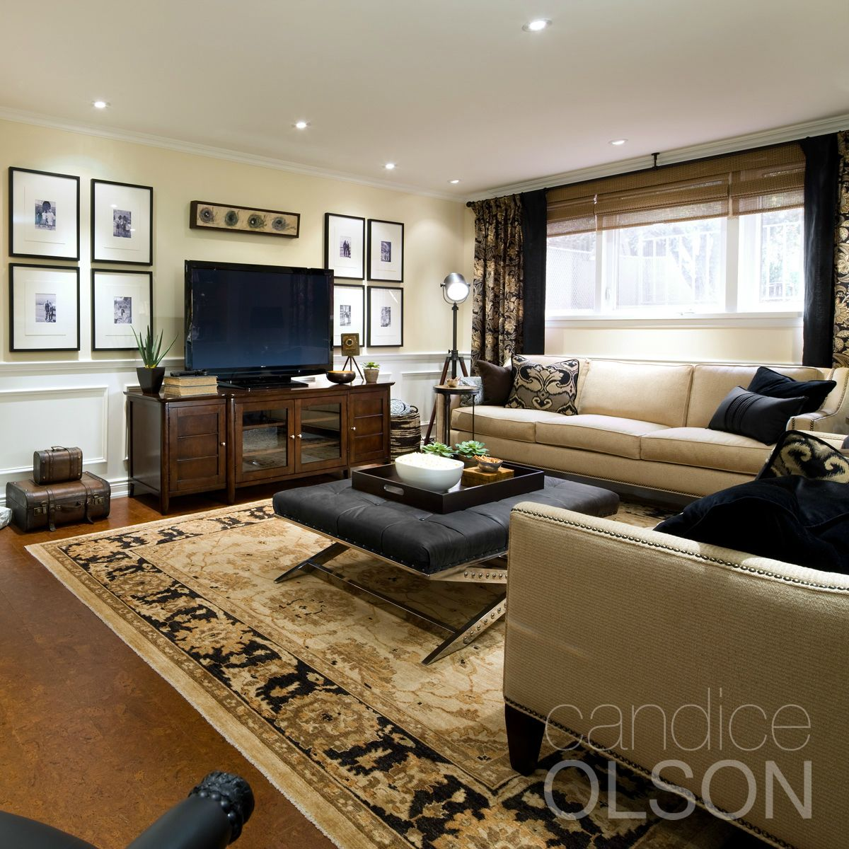 For Anyone Who Has A Taupe Or Brown Sofa And Cream Walls Black Is