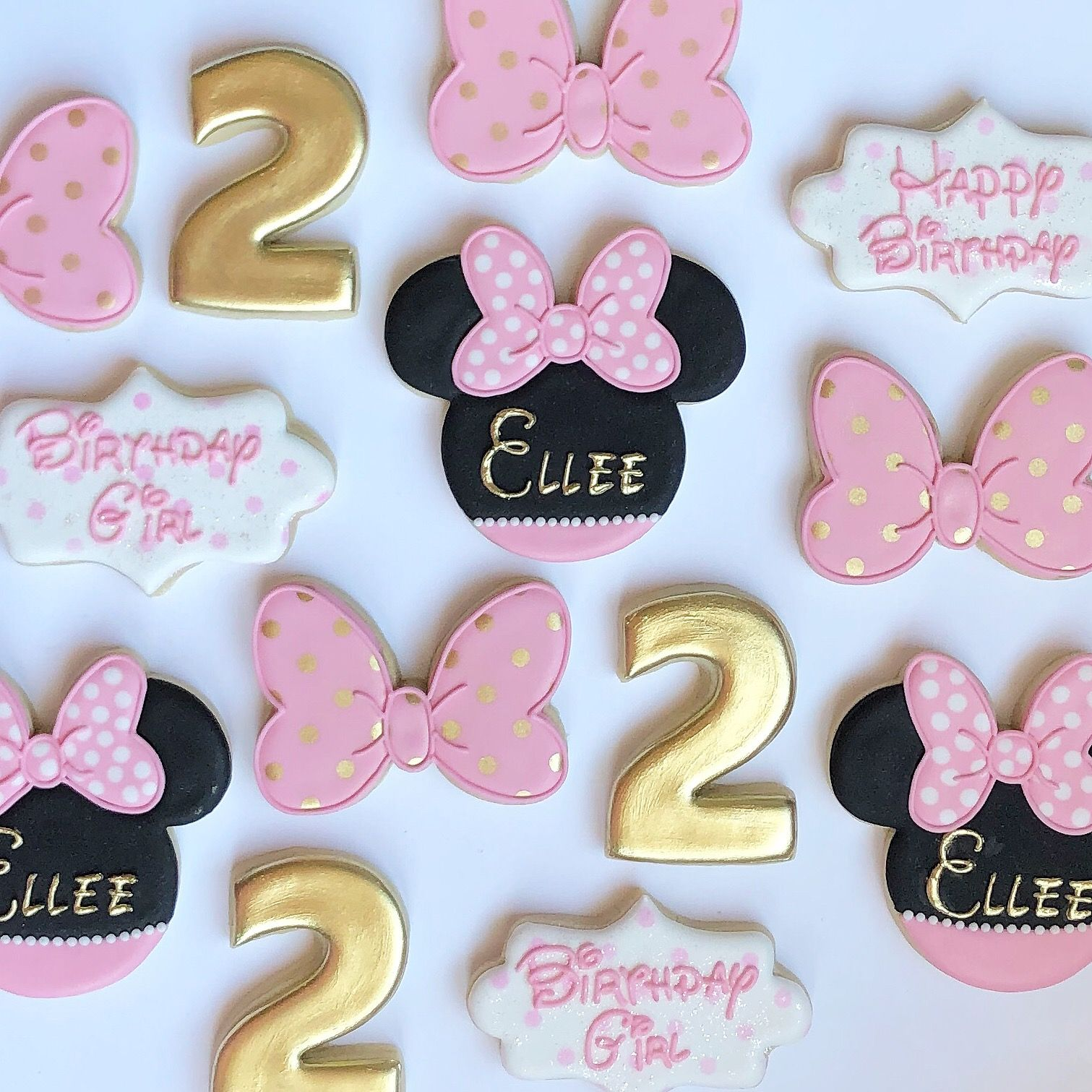 Minnie Mouse royal icing cookies