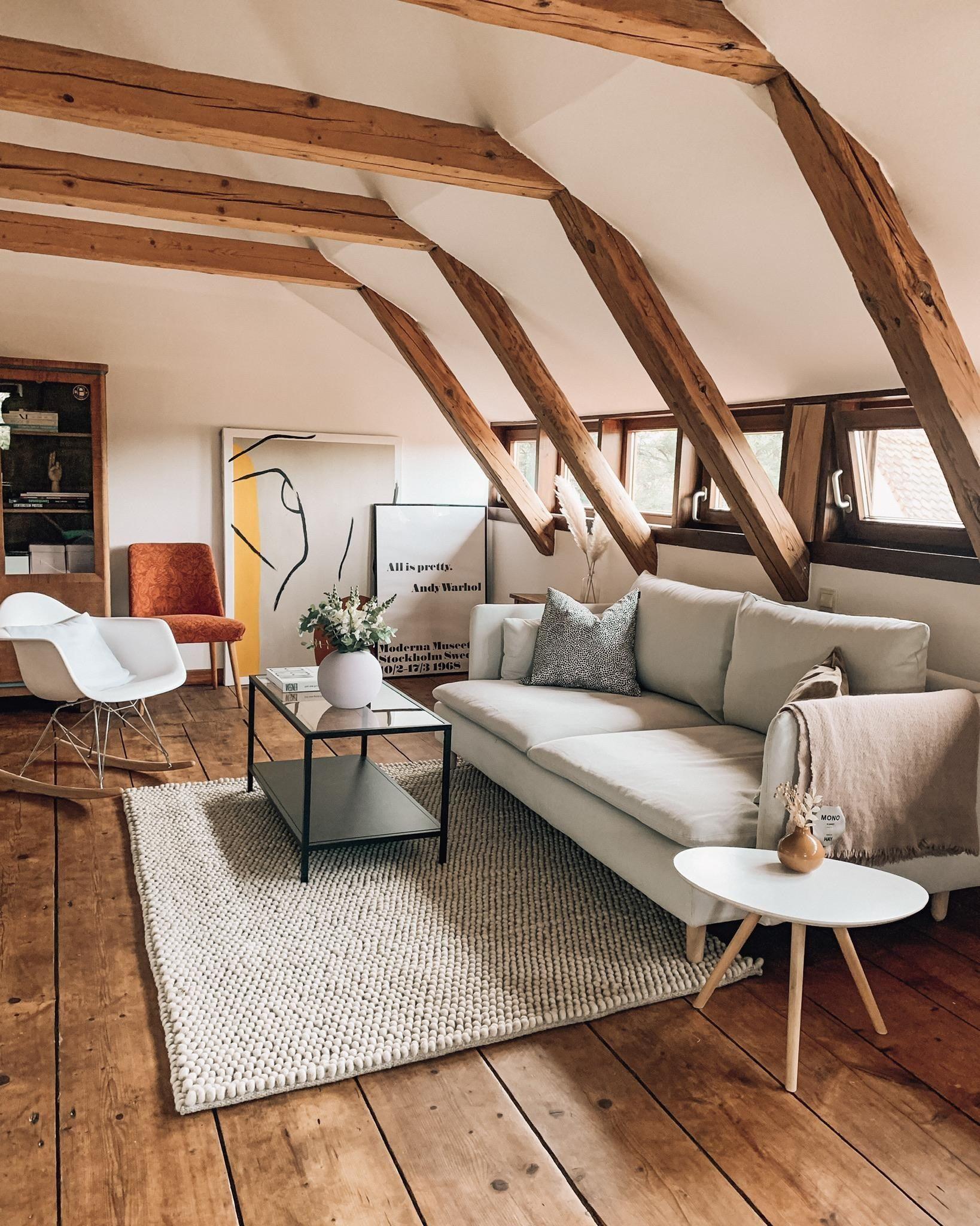 Balkenliebe Wohnzimmer In Der Letzten Zeit Habe Wohnung Einzimmerwohnung Einrichten Diy Zimmer Gestalten