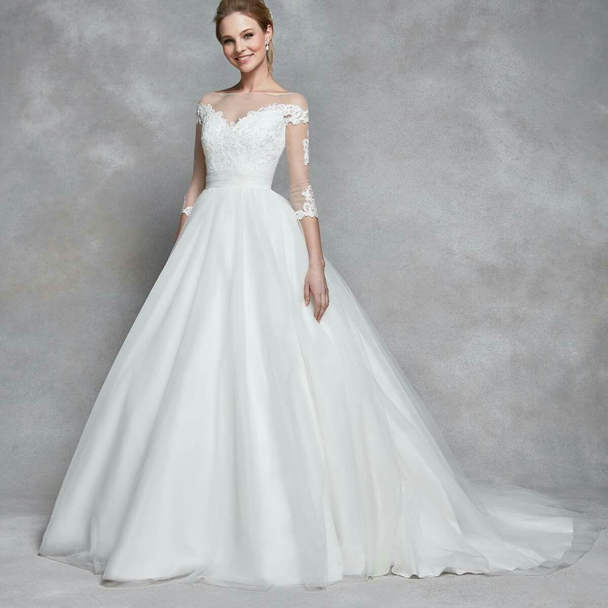 Wedding dress designers under 5000  Pin by Laura Beatty on Wedding Dress  Pinterest  Wedding dress and