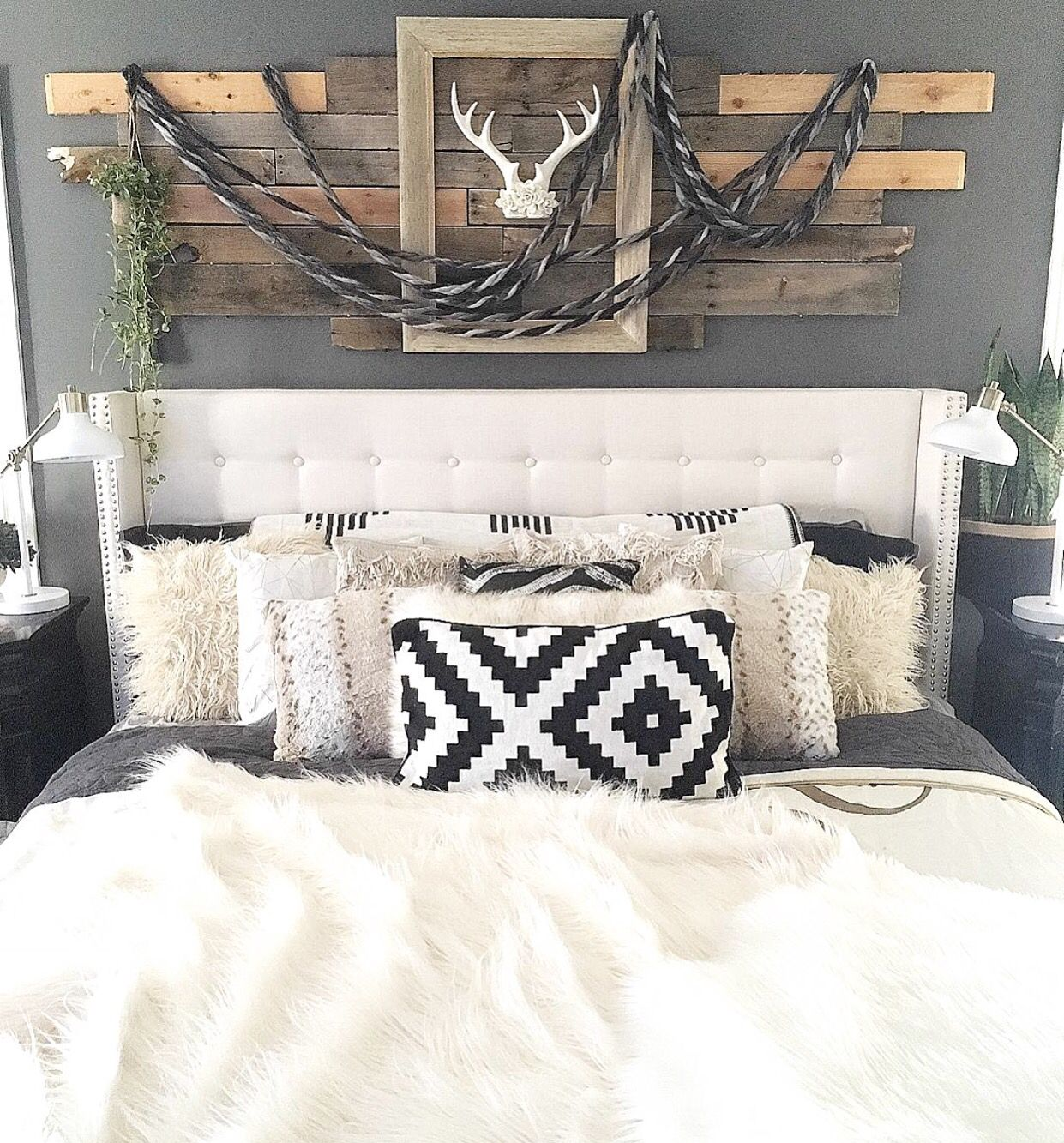 Black And White Boho Bedding In 2019 Home Bedroom Chic